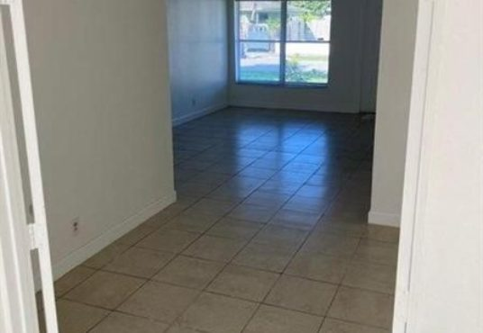 2100 nw 28th ter fort lauderdale