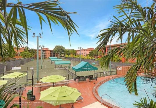 680 tennis club dr fort lauderdale